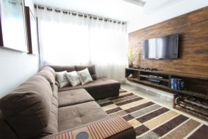 obývací stěna dub