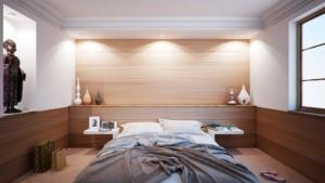 Ložnice a postel ze dřeva