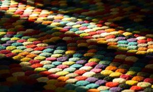Barevný koberec