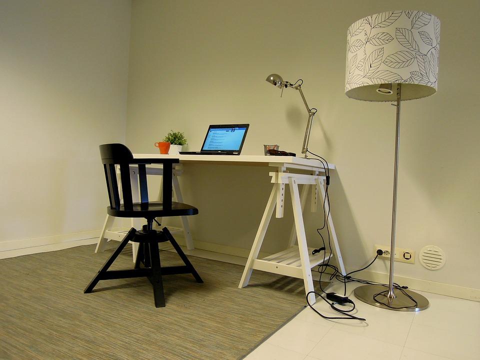 Židle v kanceláři