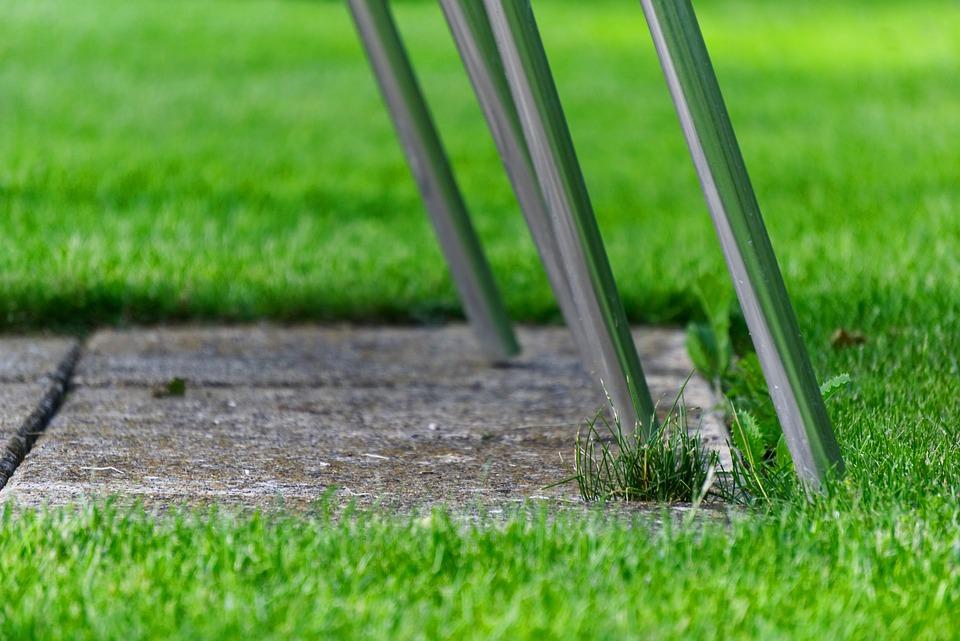 Ochrana podlahy před nohama židle