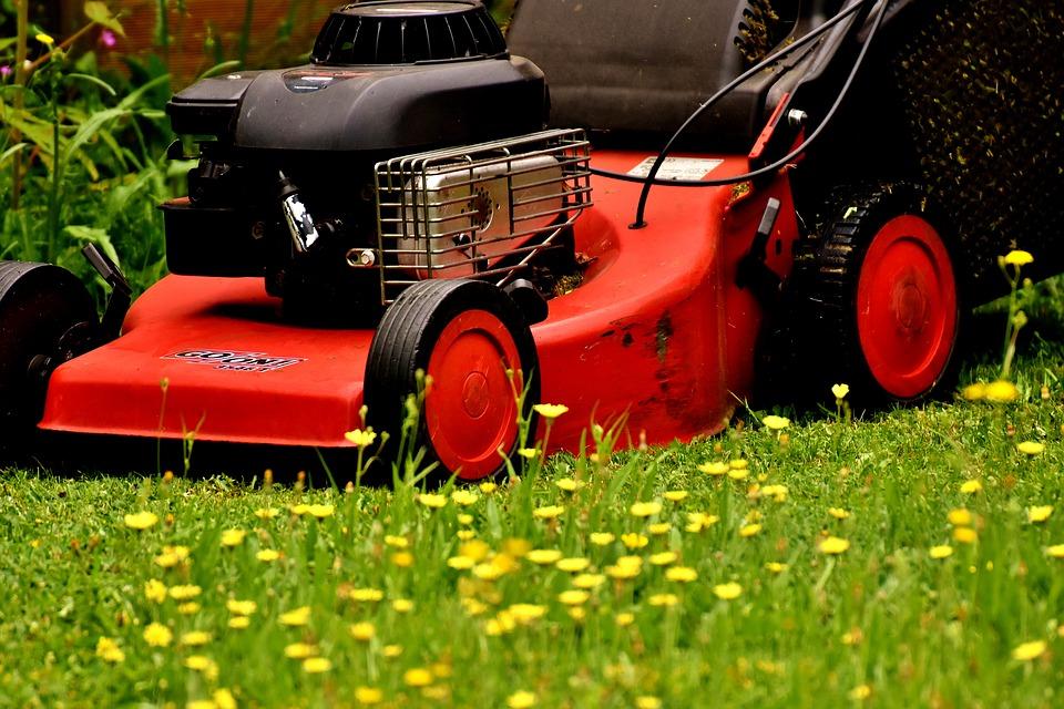 Snadná péče o trávník