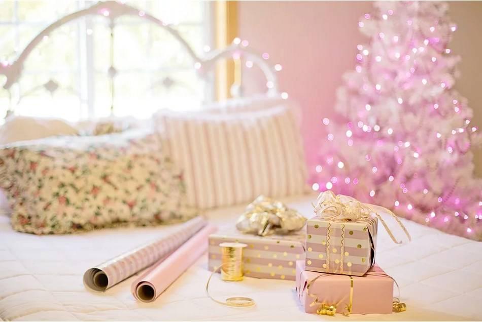 Potřeby pro balení dárků
