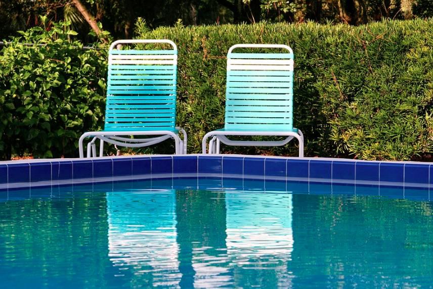 Bazénové příslušenství pro větší pohodlí