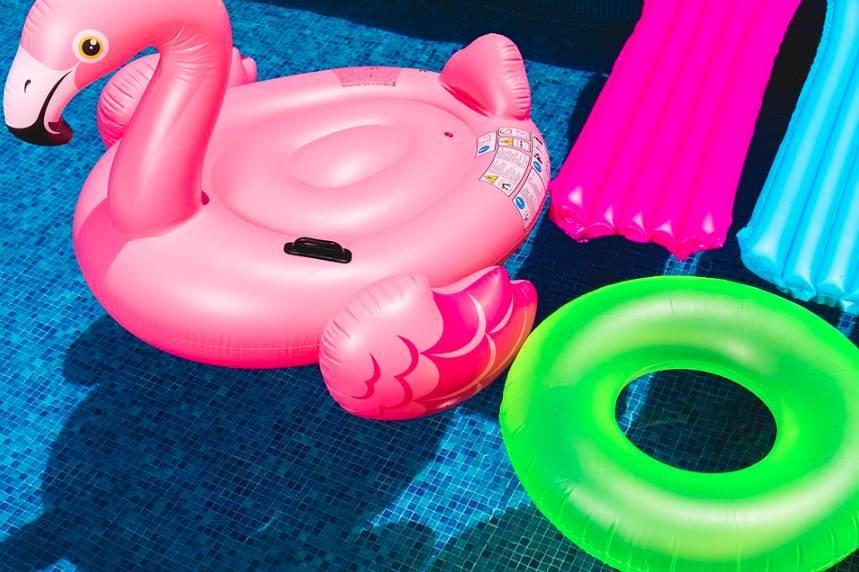 Bazénové příslušenství pro více zábavy