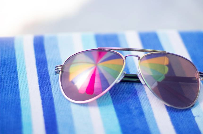 Užijte si pobyt u bazénu s kvalitním bazénovým příslušenstvím