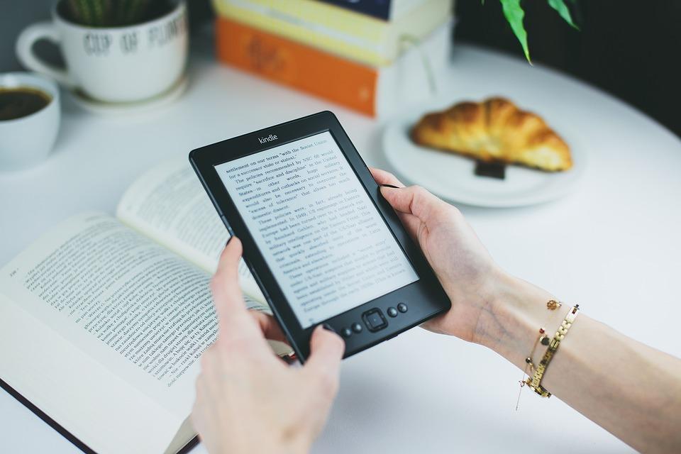 Jaké vlastnosti by měla mít čtečka e-knih